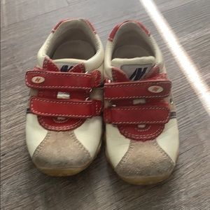 Naturino Baby boy sneaker shoes size 21